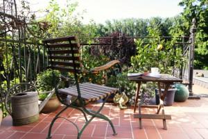 Terrassenboden im Garten