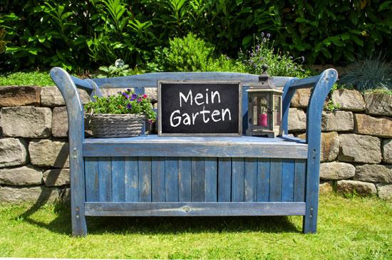 Gartenm bel die platz schaffen die truhenbank garten blog - Truhenbank garten ...